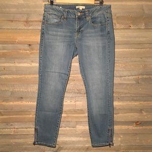 CAbi Jeans Size 8 Crop Jeans